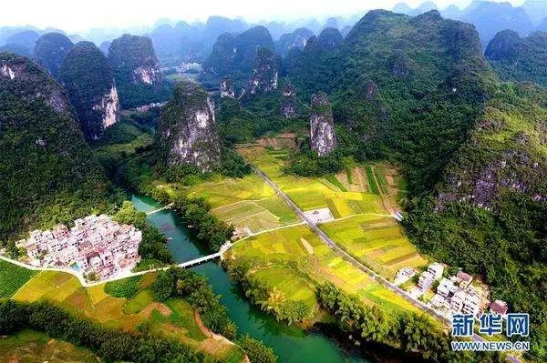 """大自然偏爱广西   除了沿海城市   广西""""处处是桂林""""   喀斯特地貌图片"""