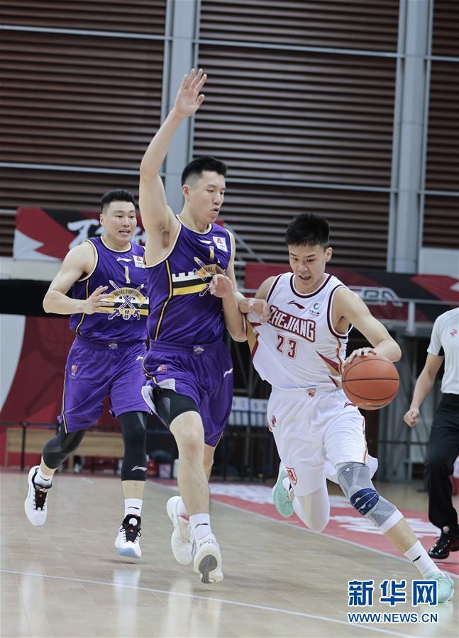 #(体育)(5)篮球——CBA季前赛:浙江稠州金租胜北京紫禁勇士