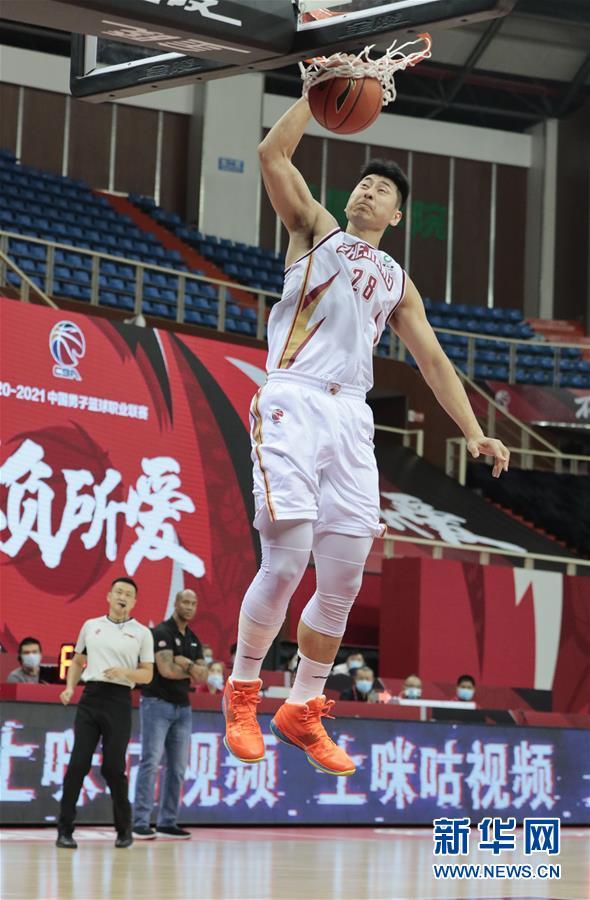 #(体育)(3)篮球——CBA季前赛:浙江稠州金租胜北京紫禁勇士
