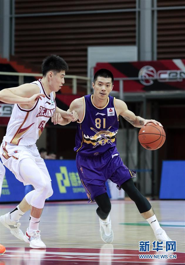 #(体育)(8)篮球——CBA季前赛:浙江稠州金租胜北京紫禁勇士
