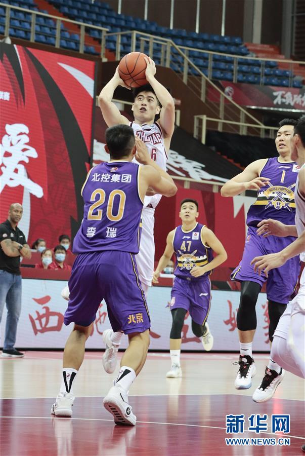 #(体育)(6)篮球——CBA季前赛:浙江稠州金租胜北京紫禁勇士