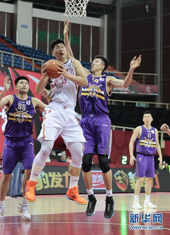 #(体育)(7)篮球——CBA季前赛:浙江稠州金租胜北京紫禁勇士